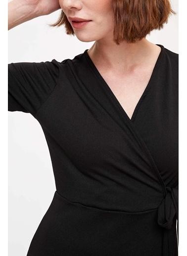DeFacto Kruvaze Yaka Elbise Siyah